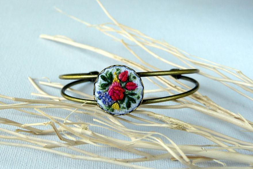 Marta Krajewska el nakışı takı tasarımları