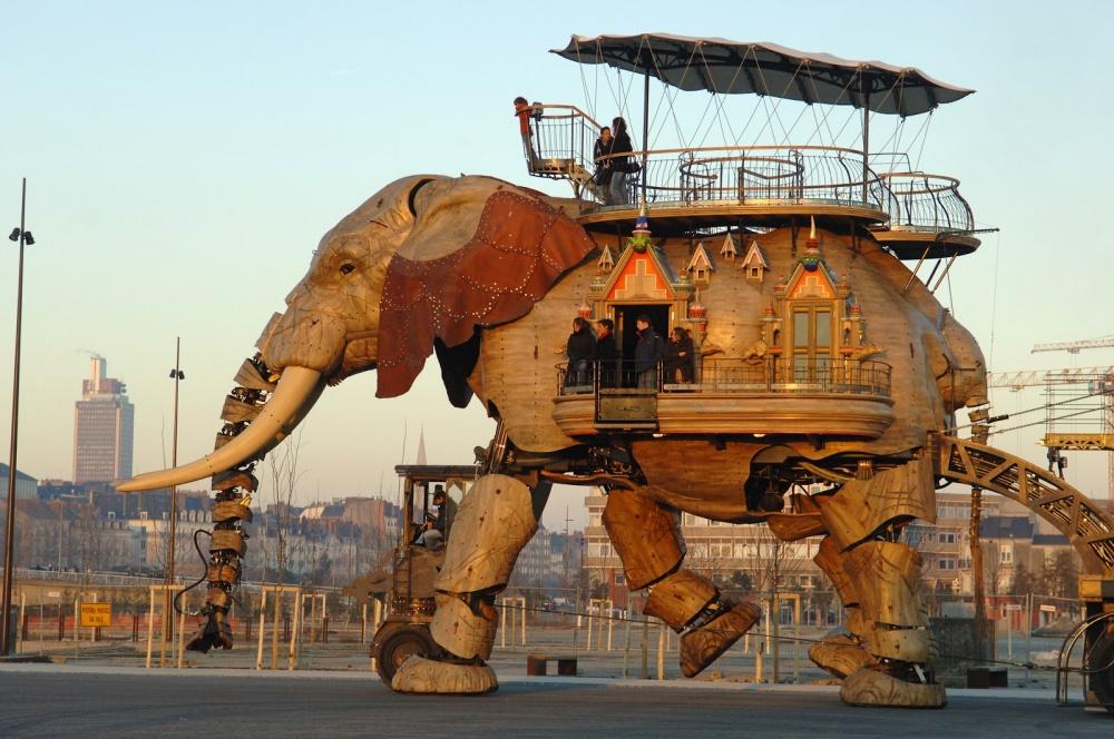 The Great Elephant, Nantes Adası, Fransa