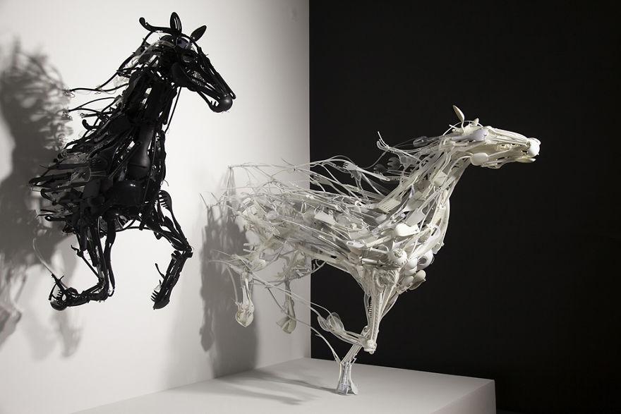 Sayaka Ganz heykel çalışmaları