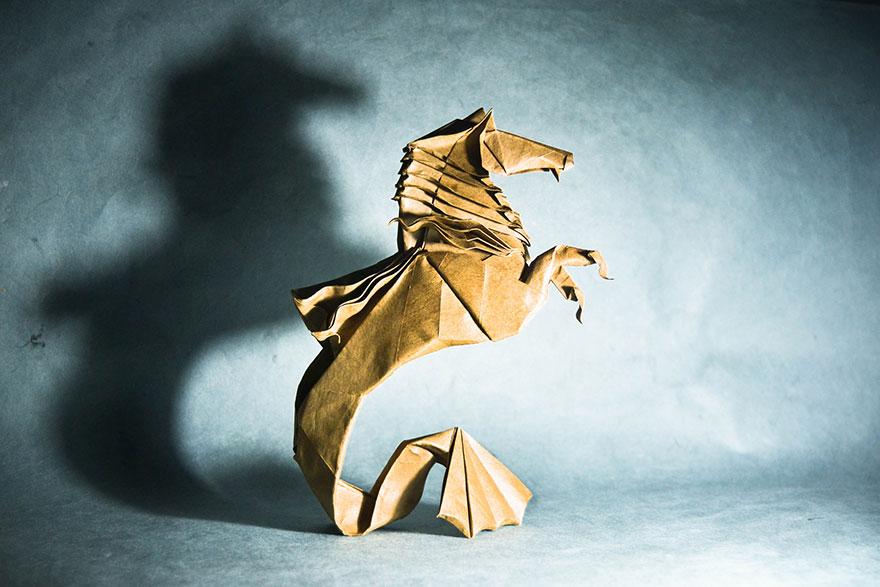 origami uçan at