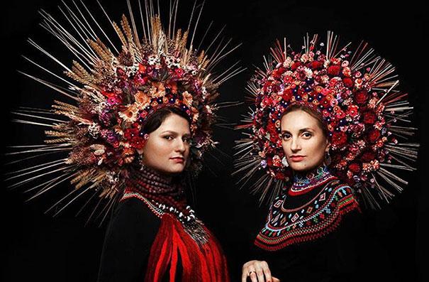 traditional ukrainian crowns treti pivni  fb