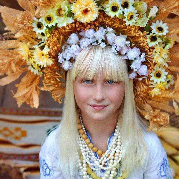 Ukrayna geleneksel baş süsü