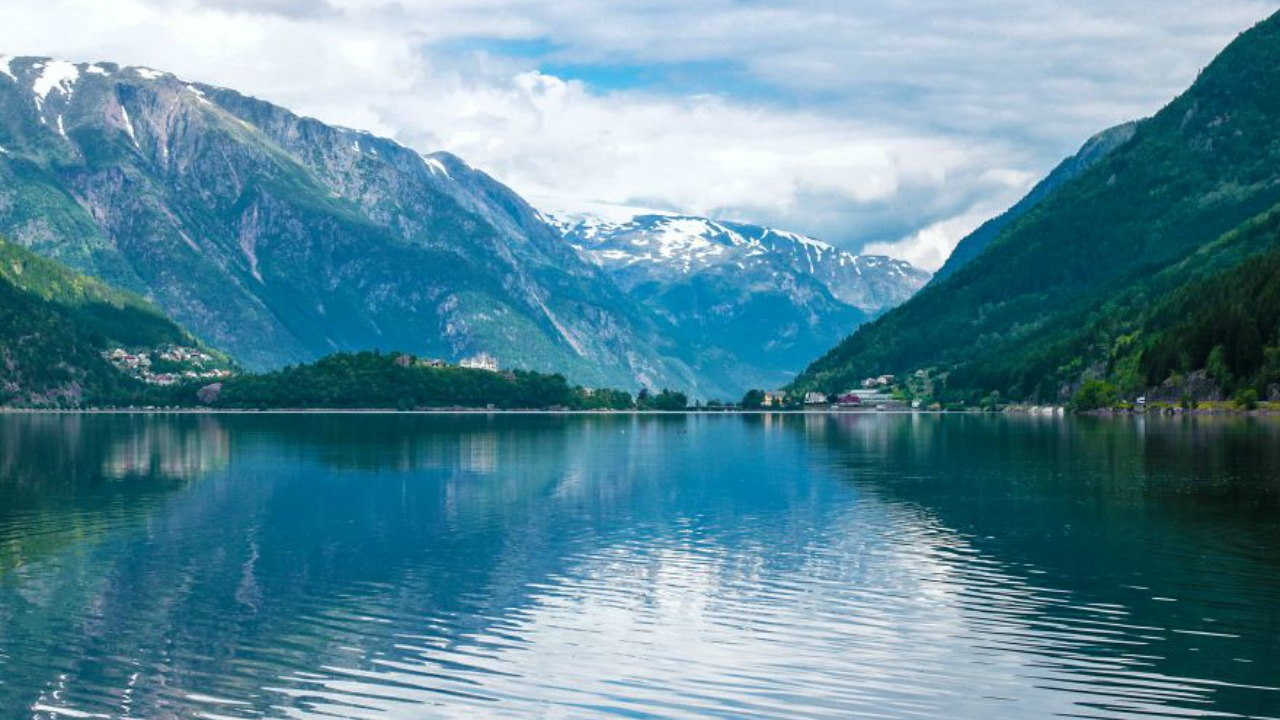 norvec bilinmeyen fjord