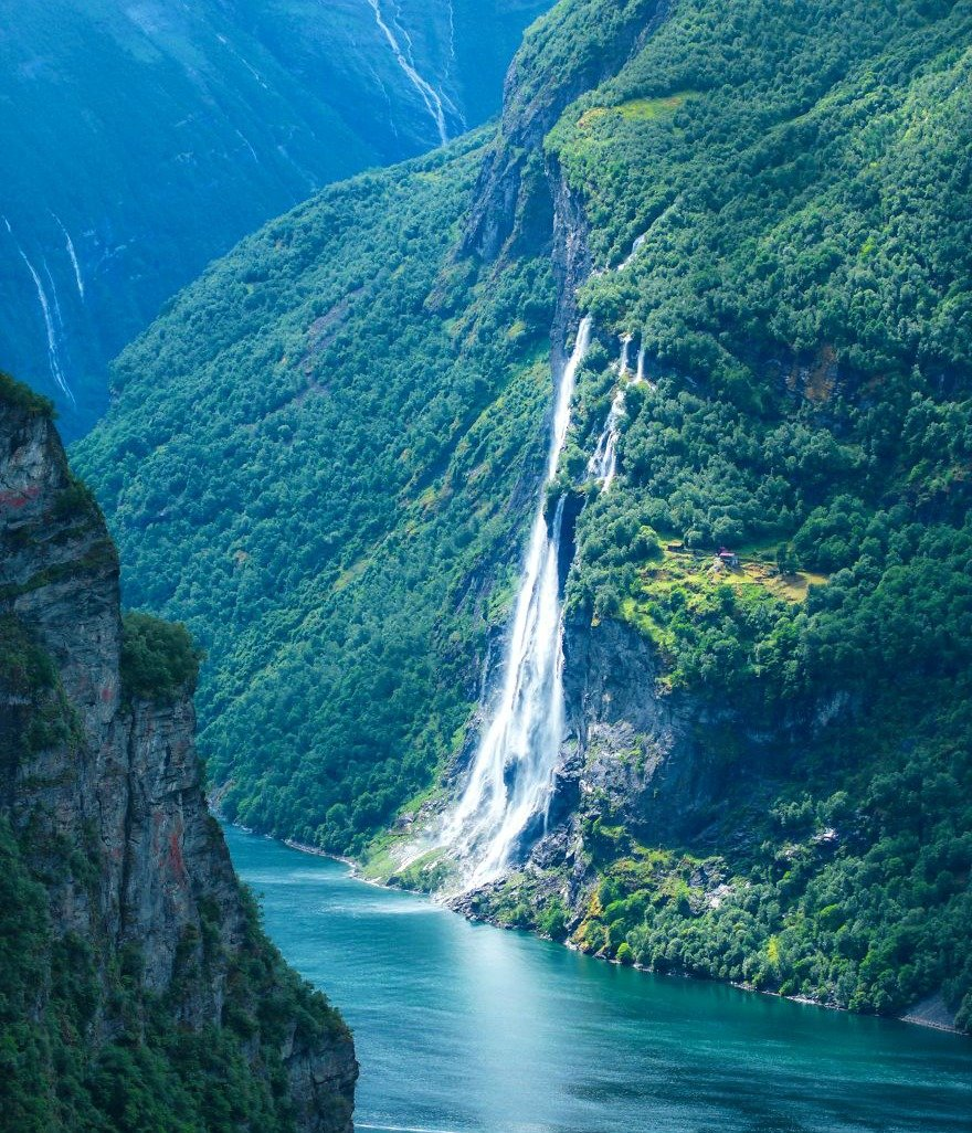 norvec geirangerfjord with seven sisters falls