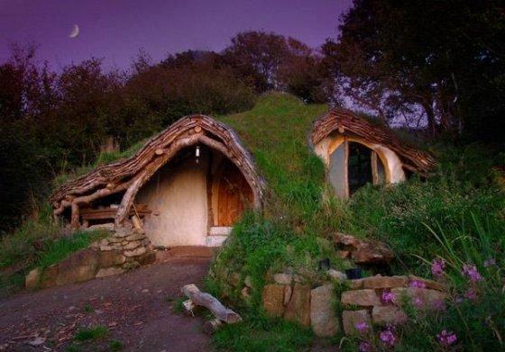Woodland orman evi;  Wales, İngiltere