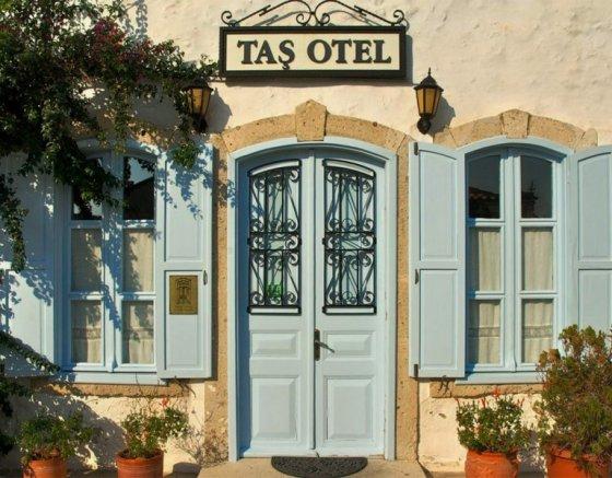 Taş Otel