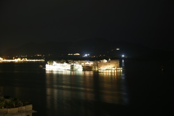 Taj Lake Palace Gece