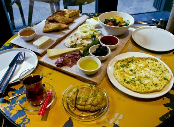 """Food Fashionista Karaköy'de: """"Ops"""""""
