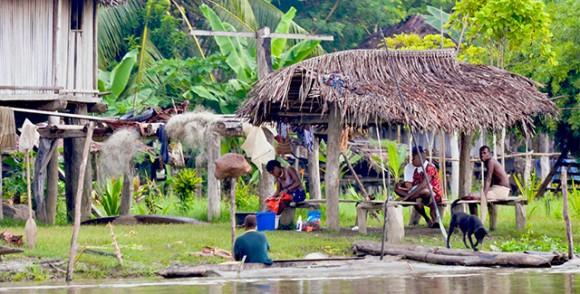 Kabileleriyle Papua Yeni Gine Gezintisi