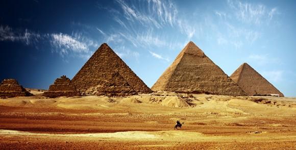 Piramitler, Nil Nehri Ve Mısır Gezisi