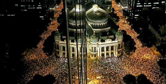 Tarihi meydanları ve binalarıyla Brezilya