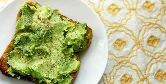 Veganlara Özel Tarifler : Avokado tostu
