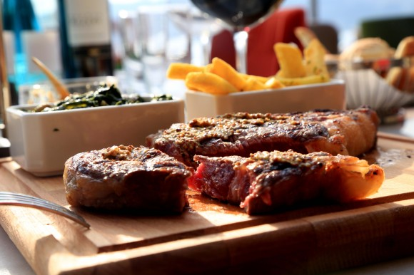 Food Fashionista, en yeni steak house Toro'da