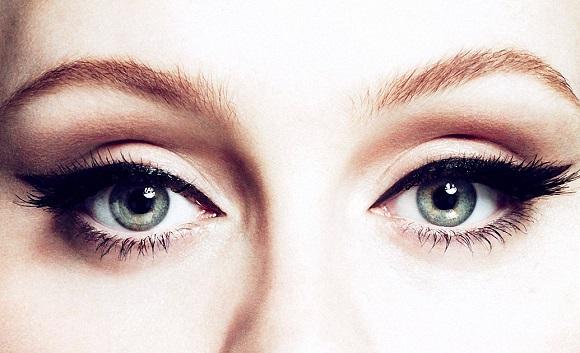 Doğru Eyeliner Nasıl Çekilir?