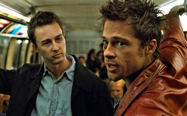 Fight Club (1999)Edward Norton and Brad Pitt(Screengrab)  Hayata bakış açınızı değiştiren filmler makale2 1406289478