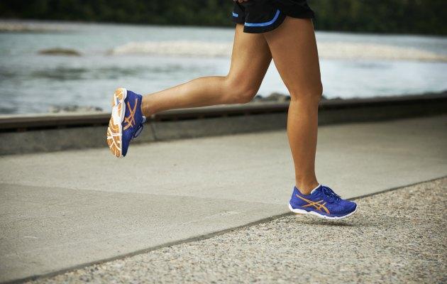 Yazın sıcaklarda koşarken bilinmesi gereken önemli noktaları derlediğimiz yazımız Asics'in katkılarıyla hazırlanmıştır.