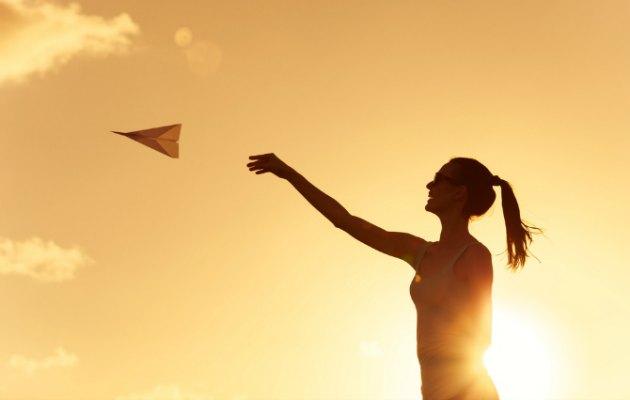 Deneyim kazanmanın parayla satın alınamayan bir mutluluk verdiğine dair 7 bilimsel gerçek