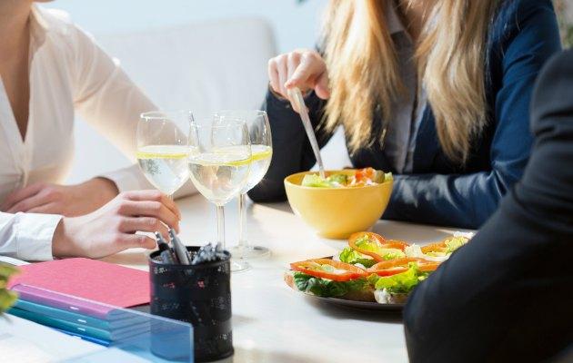 Ofiste sağlıklı bir gün için dikkat edilmesi gereken 6 önemli nokta