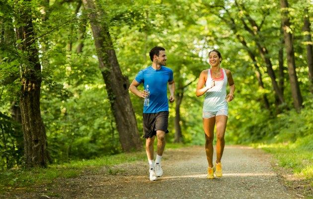 Doğayla iç içe ortamlarda spor yapmak aynı zamanda ruhsal olarak size iyi hissettirecektir.