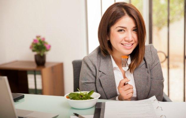 Bedeninize sağlık ve iş hayatınıza mutluluk getirebilecek yogik beslenme önerileri