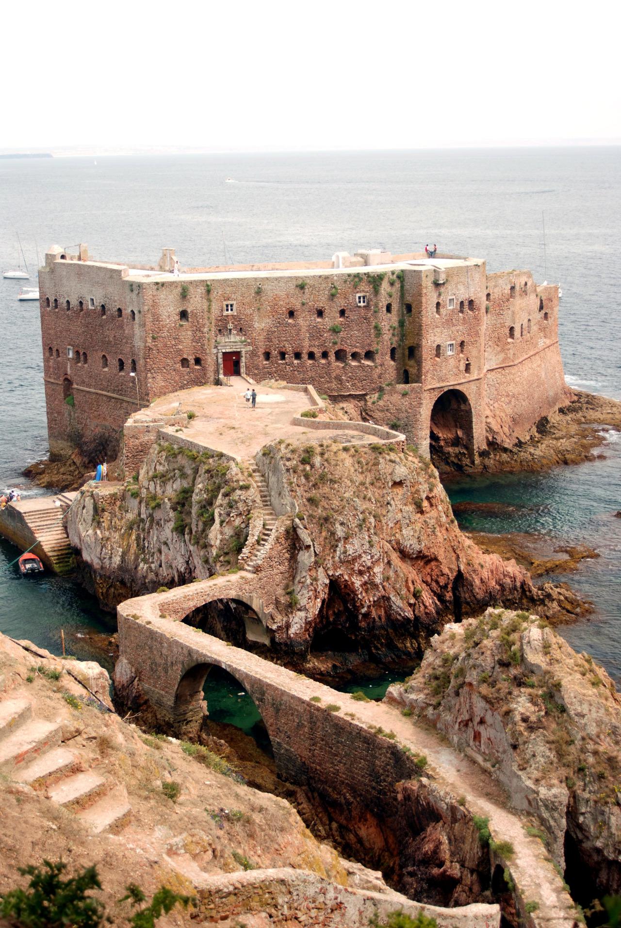 18 Fort of Saint John the Baptist Berlenga adası portekiz