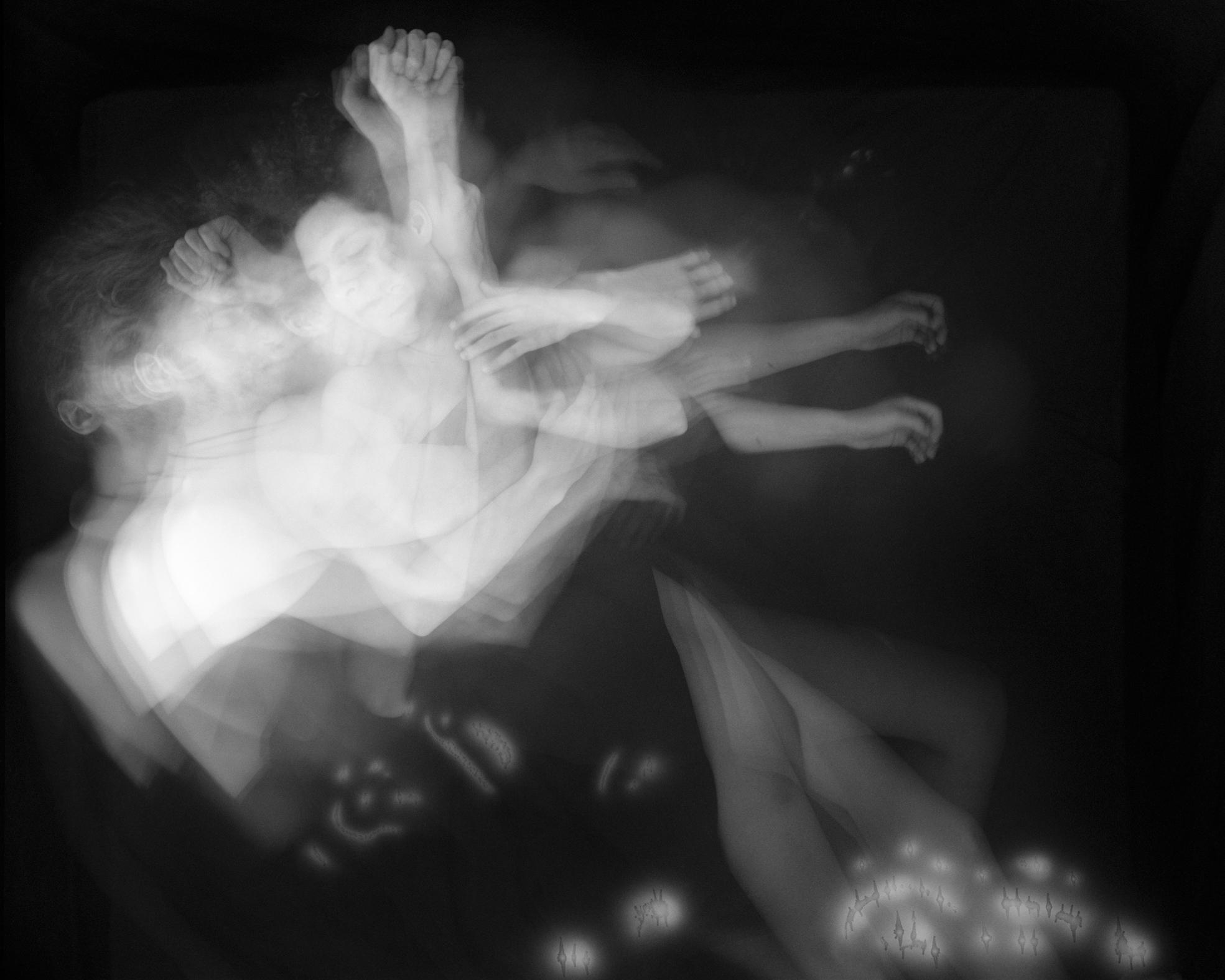 Uyuyan çiftlerin gecesini bir karede özetleyen büyüleyici fotoğraflar