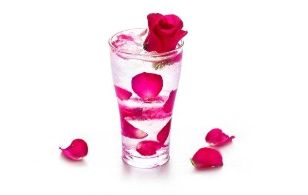 Gül suyu içmek için birbirinden yararlı 7 neden