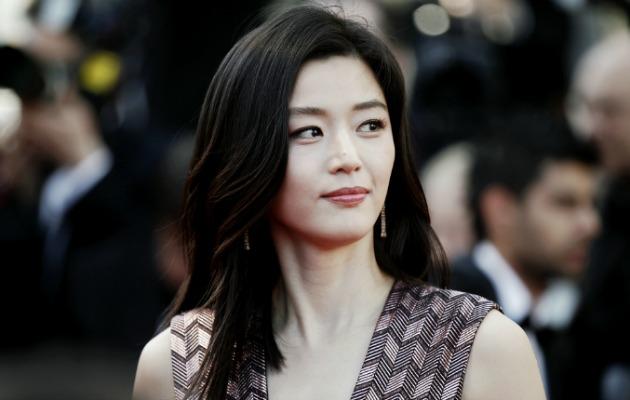 Ünlü Koreli aktris Gianna Jun