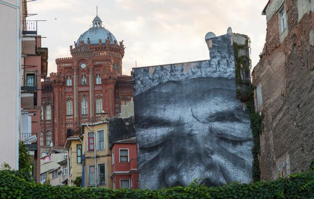 Balat'ta tarih ve modern sanat bir arada