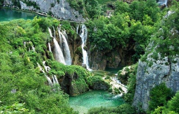 Doğa içinde huzuru bulabileceğiniz bir yer: Plitvice Gölü Milli Parkı