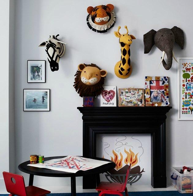 Siyah ile dekore edilmiş bir çocuk odası