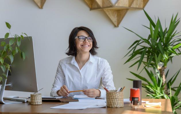 Ofisinizde Feng Shui öğretileri uygulamak gün boyu enerjinizi yüksek tutar