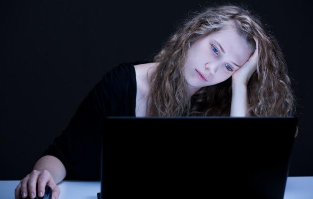 Sosyal tacize maruz kalmamak için özel hayatınızı deşifre etmeyin