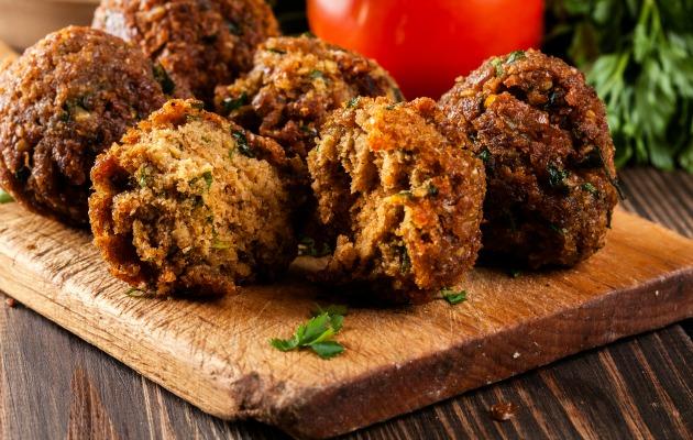 Yumrutasız falafel en gözde vegan yemeklerinden