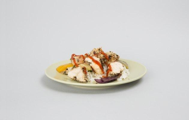 tavuk ve pilav yemeği